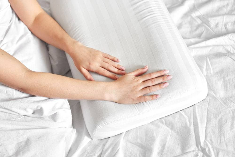 Best Pillow.Top 5 Best Pillow For Neck Pain In 2020 Neck Pain Relief